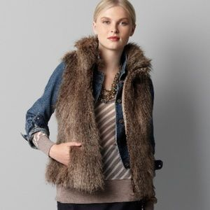 Ann Taylor LOFT Faux Fur Vest Brown Tan Fur